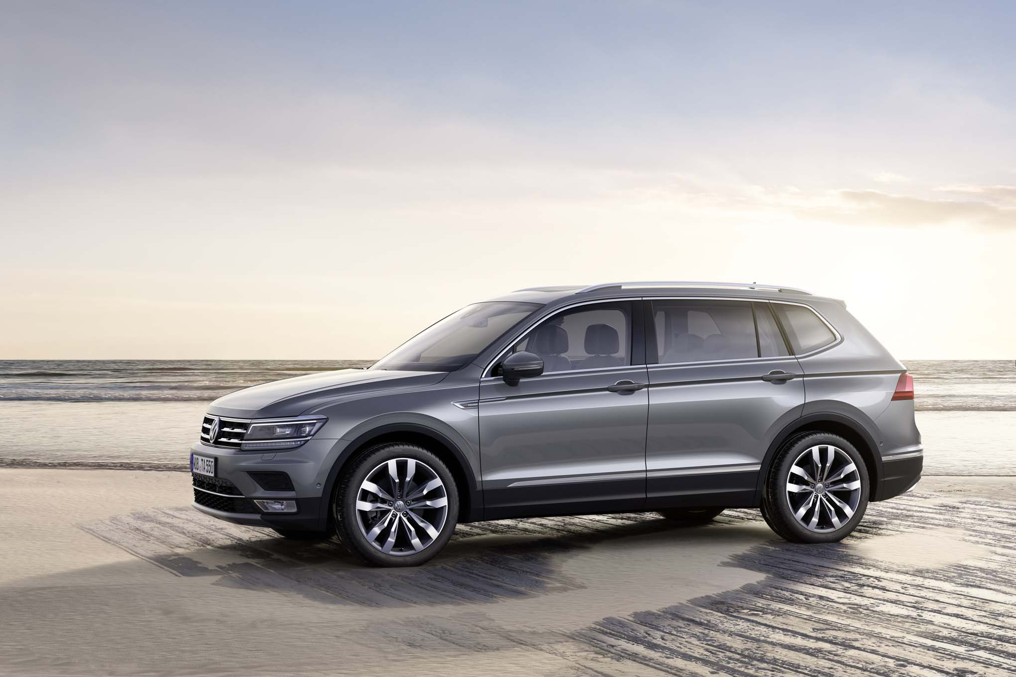 2018 volkswagen tiguan allspace to debut in geneva. Black Bedroom Furniture Sets. Home Design Ideas