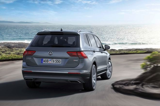 European spec Volkswagen Tiguan Allspace rear end in motion
