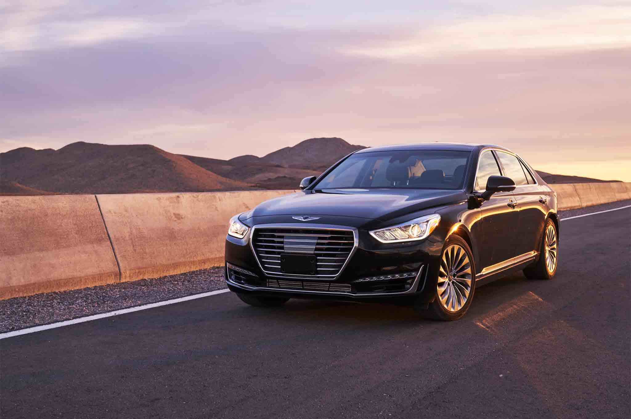Genesis G90 2017 All Stars Contender Front Three Quarter 03