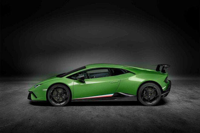 Lamborghini Huracan Performante side profile