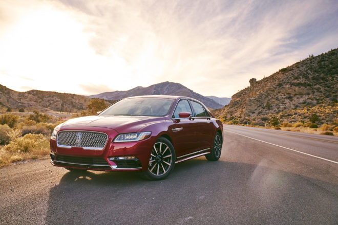Lincoln Continental 2017 All Stars Contender Front Three Quarter 01