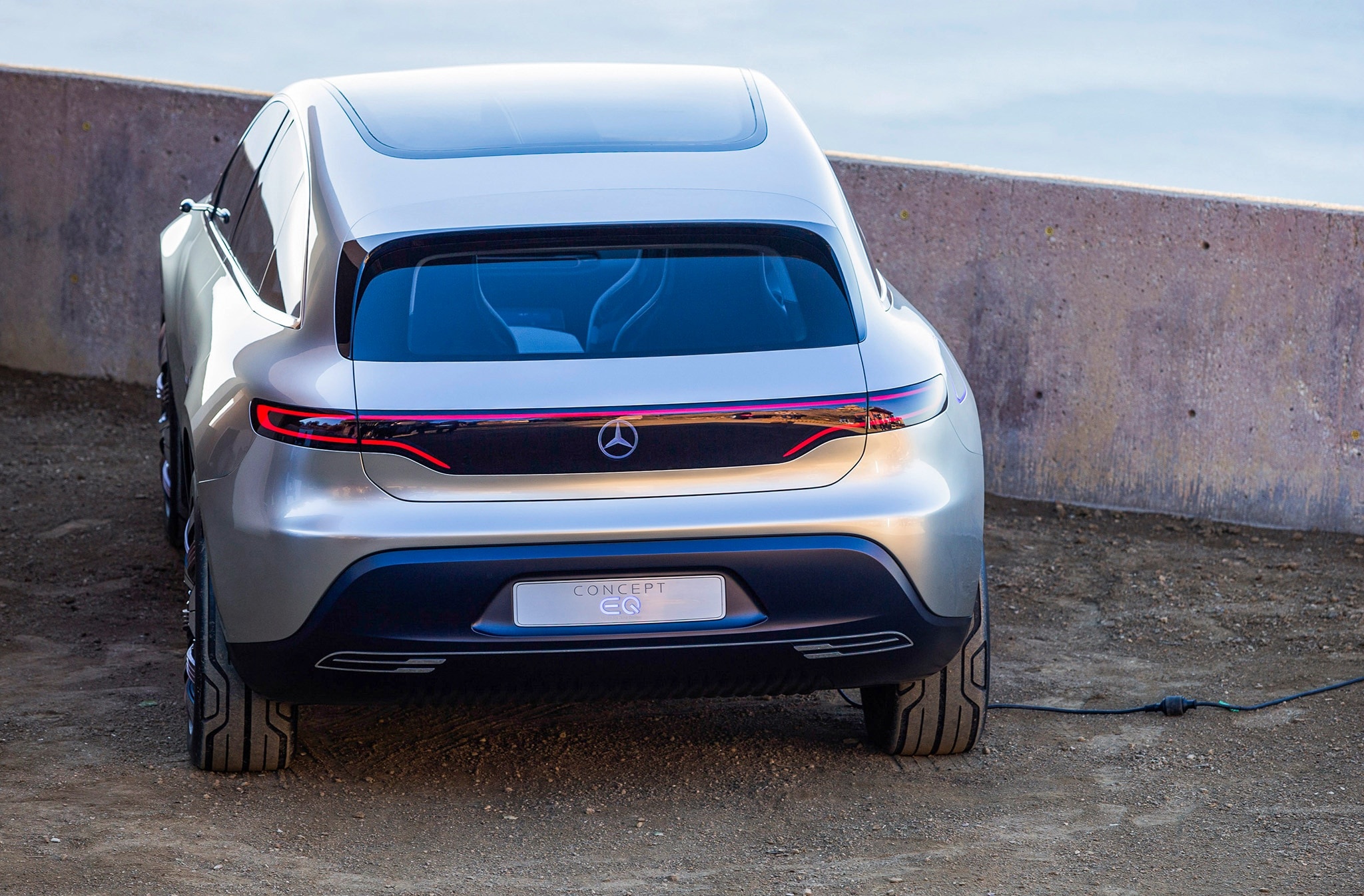 M i a and friends take on the mercedes benz concept eq for Mercedes benz concept eq