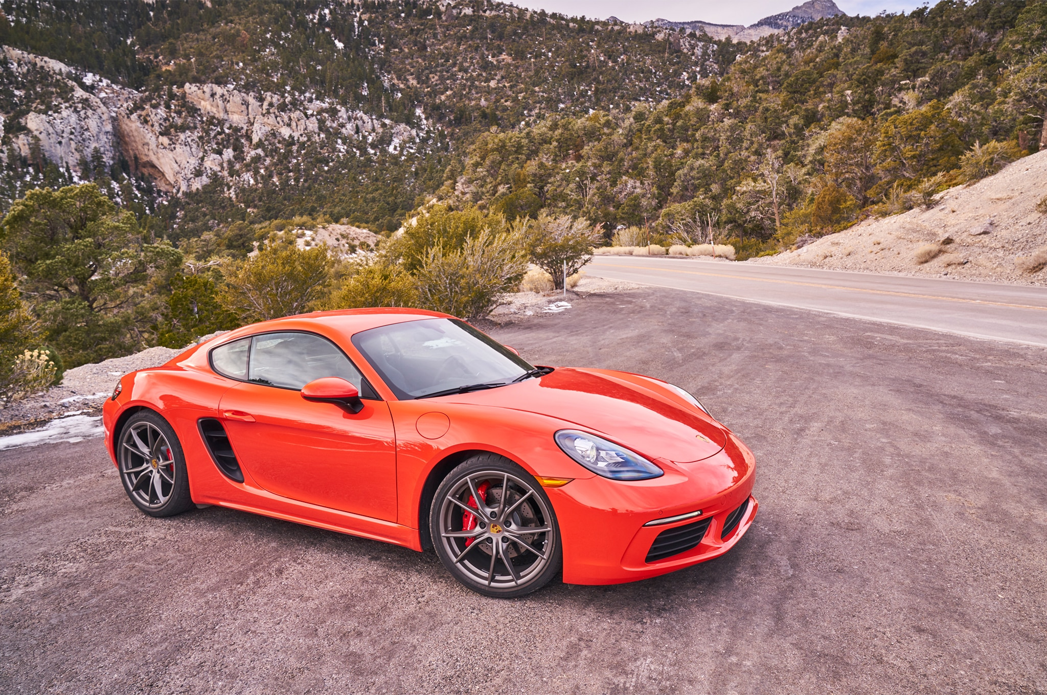 Porsche 718 Cayman S 2017 All Stars Contender Front Three Quarter
