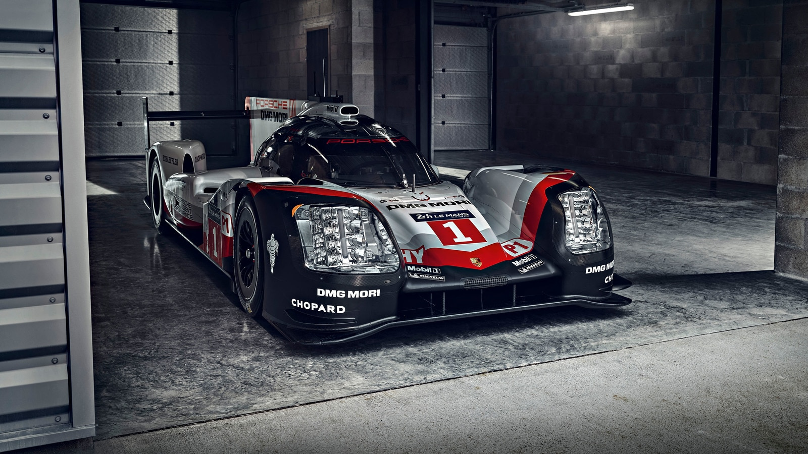 porsche and toyota debut lmp1 race cars ahead of silverstone opener automobile magazine. Black Bedroom Furniture Sets. Home Design Ideas