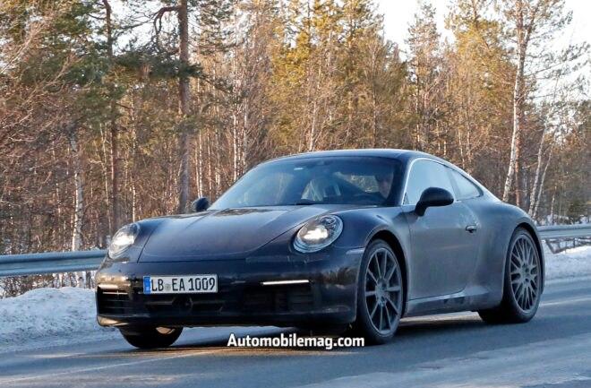Porsche 992 Spoiler down 1
