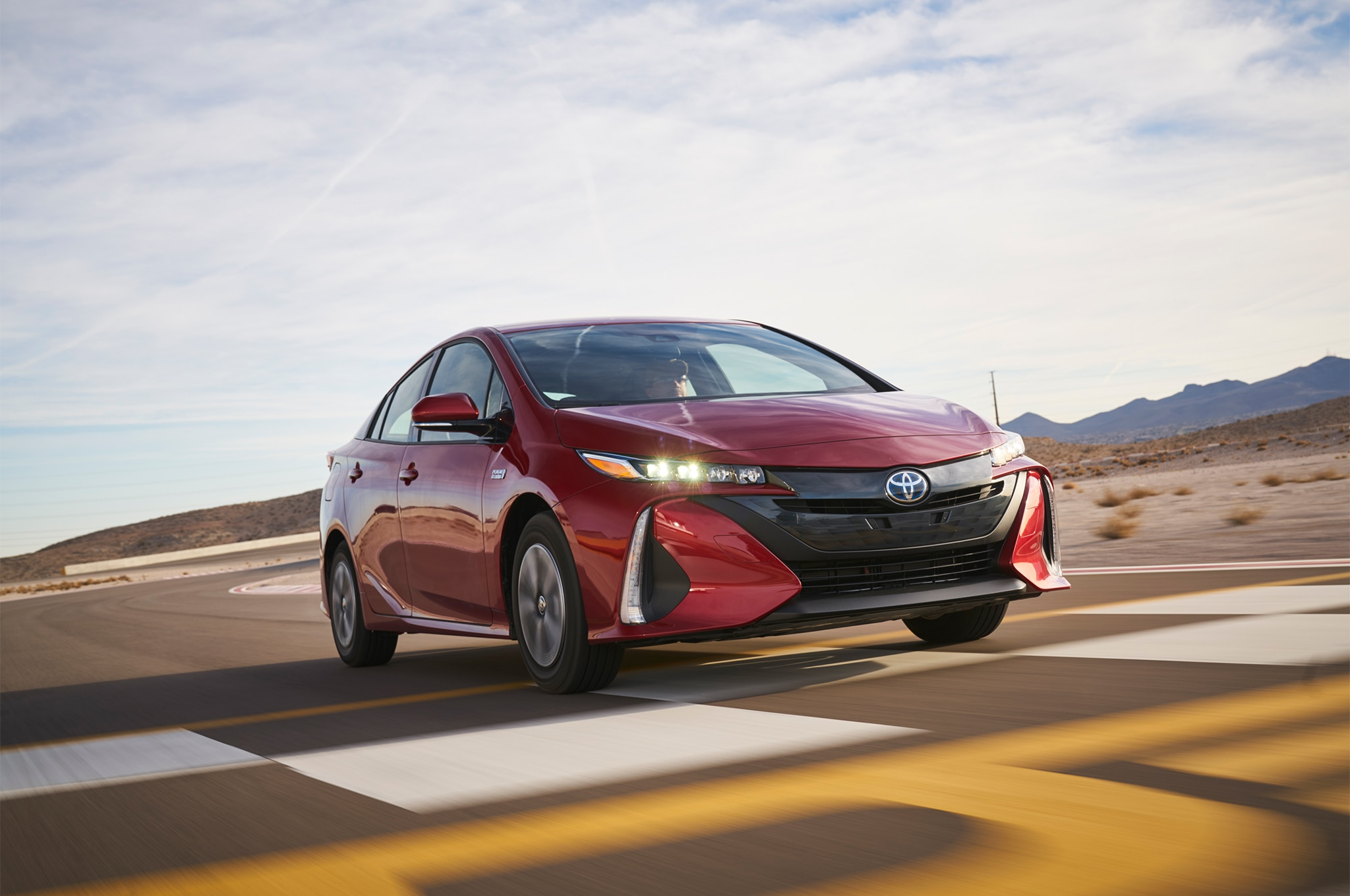 Toyota Prius Prime 2017 All Stars Contender Front Three Quarter In Motion 02