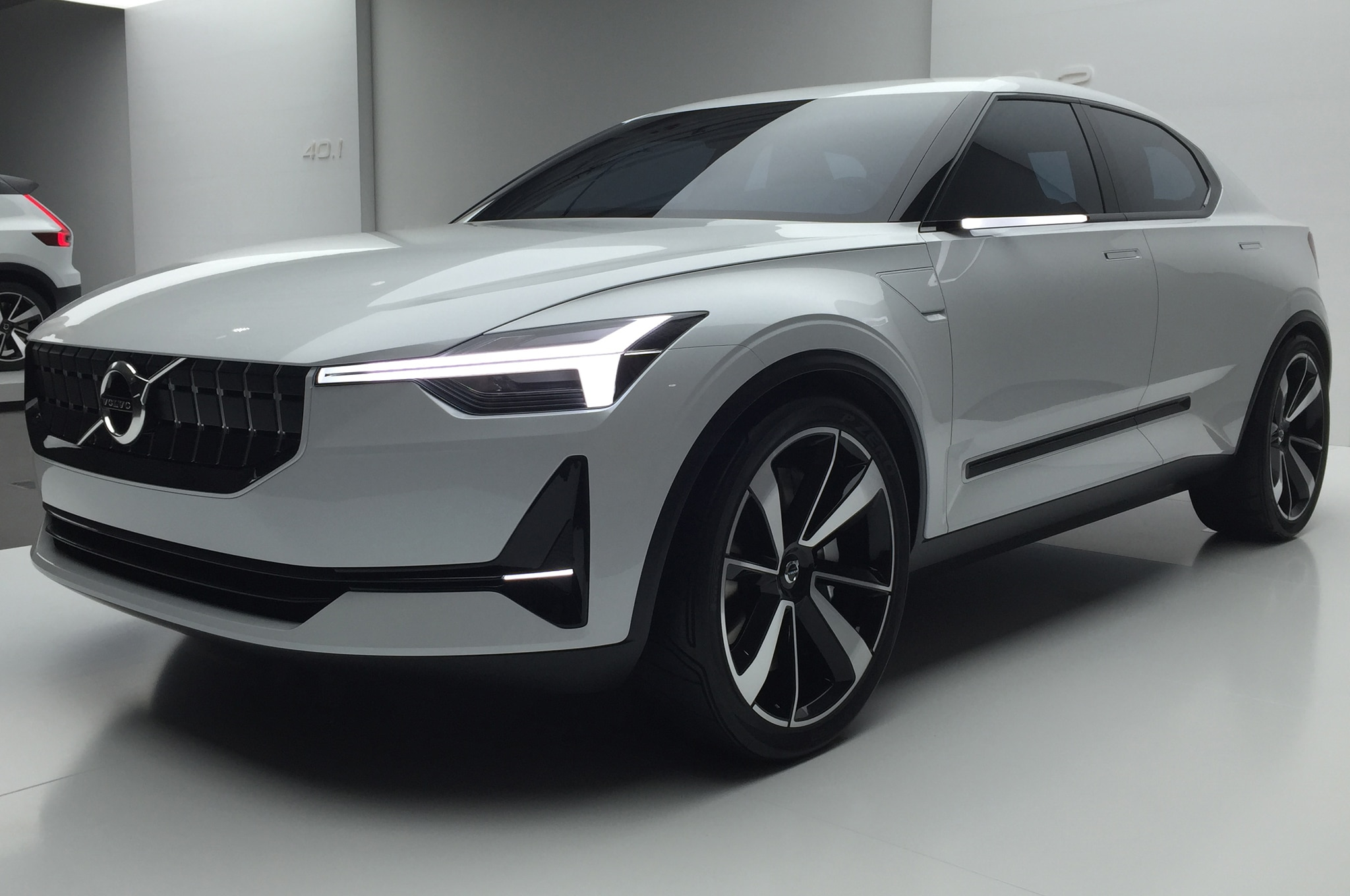 First Volvo EV To Have 250 Mile Range & $35k-40k Price Tag