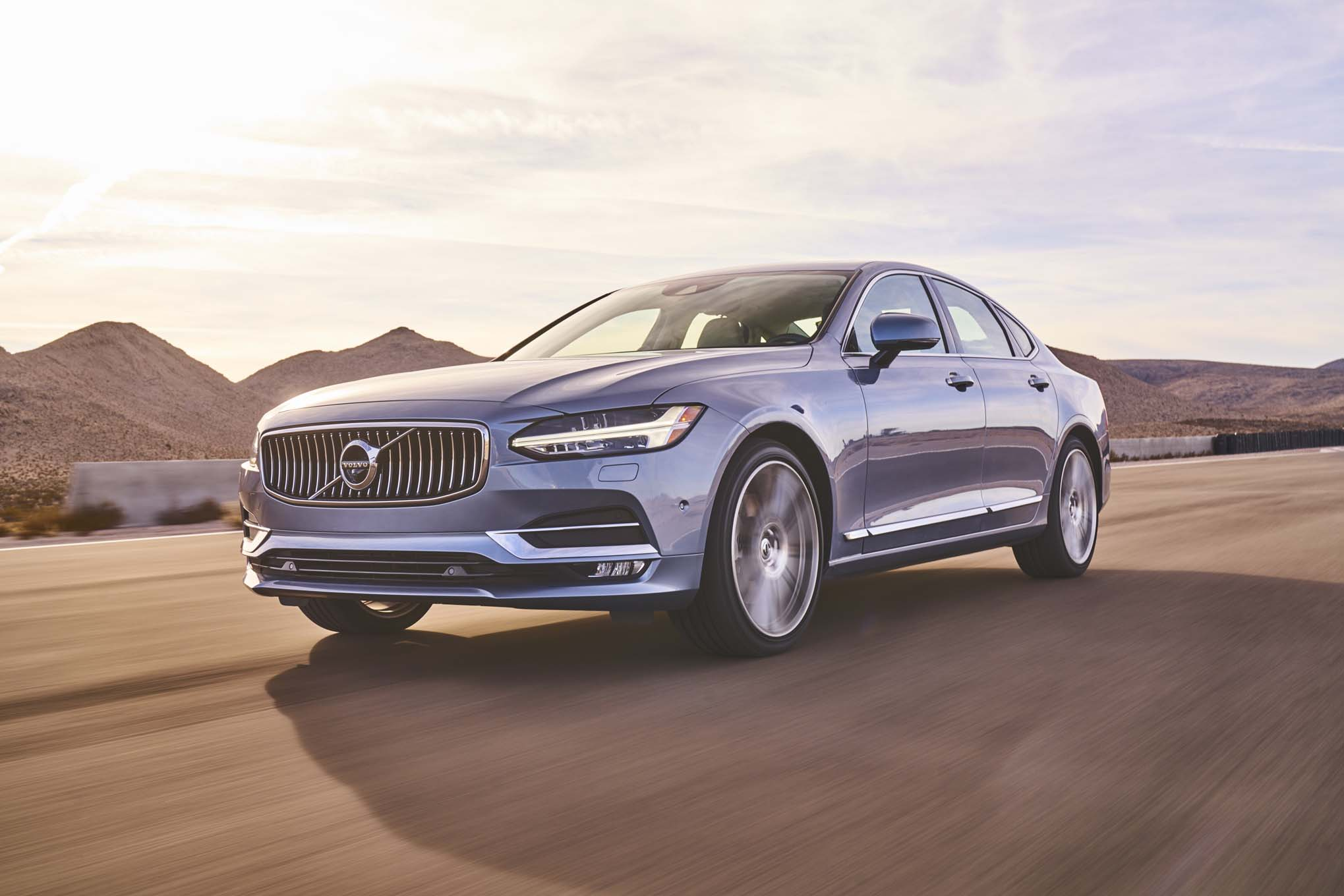 Volvo S90 2017 All Stars Contender Front Three Quarter In Motion 02