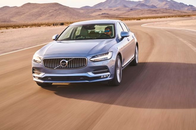 Volvo S90 2017 All Stars Contender front three quarter in motion