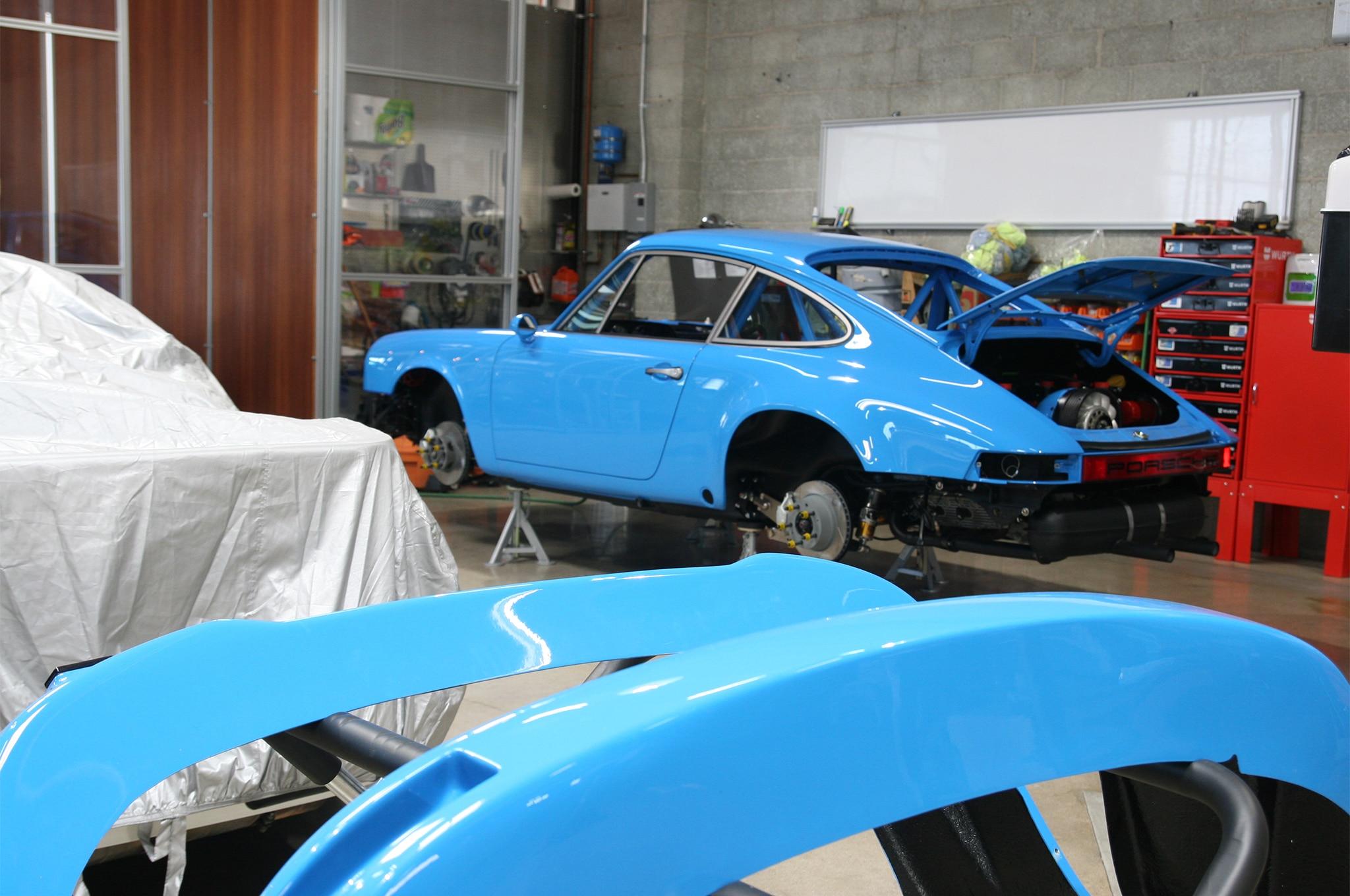 Workshop 5001 Porsche Garage 14