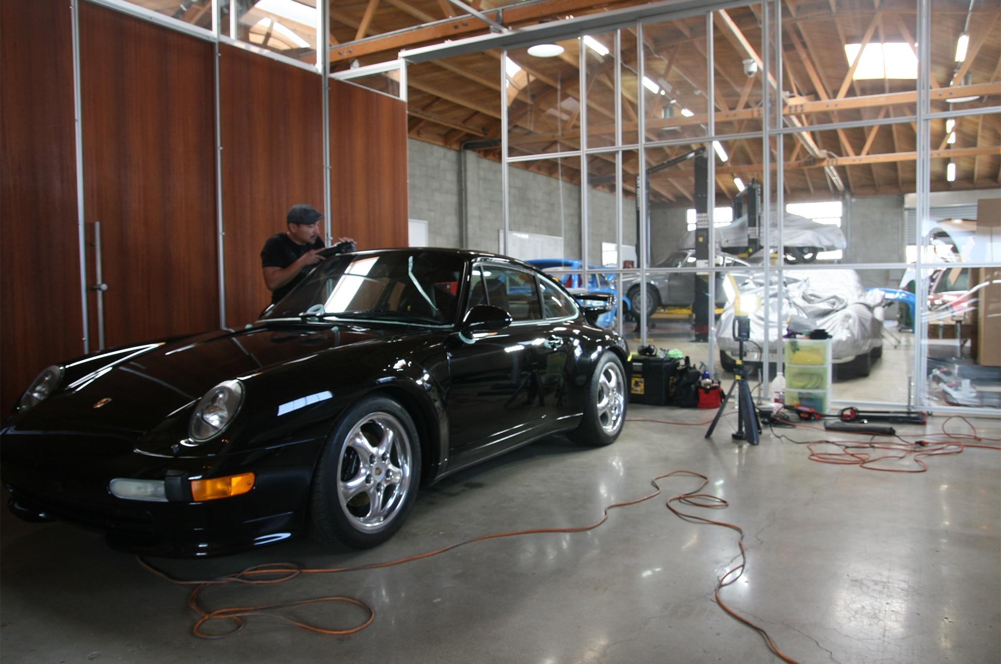 Workshop 5001 classic car garage automobile magazine for Garage porsche rouen