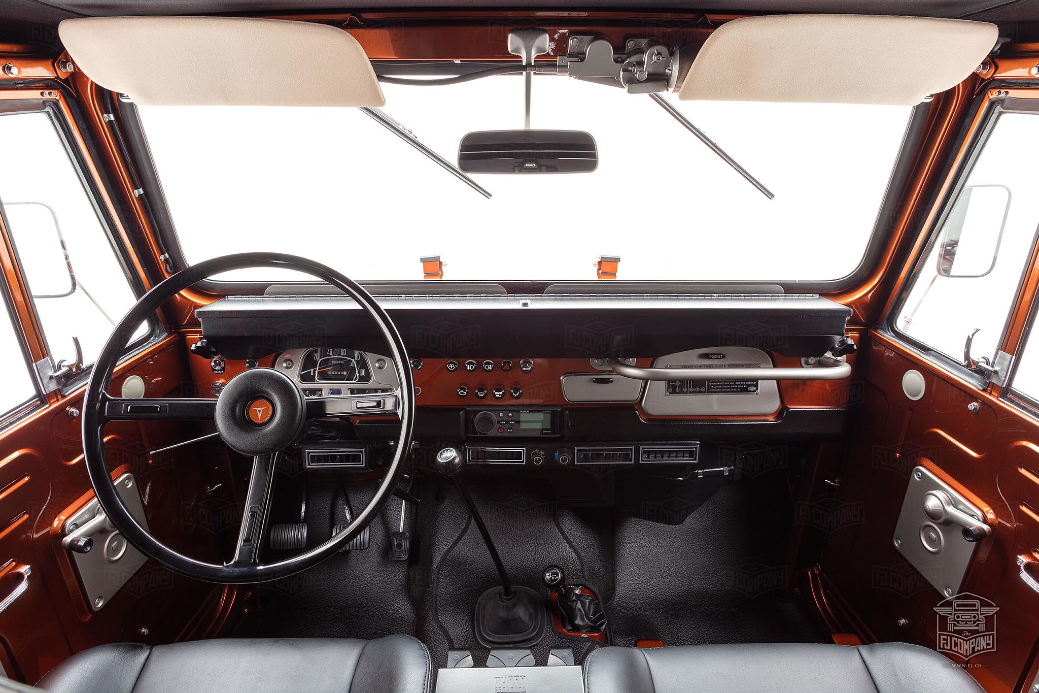 Fj company builds a 1972 toyota fj40 land cruiser inspired for Toyota land cruiser interior