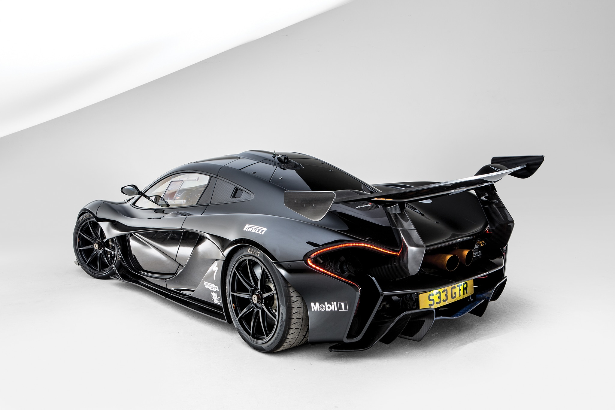 just listed road legal mclaren p1 gtr heads to auction. Black Bedroom Furniture Sets. Home Design Ideas