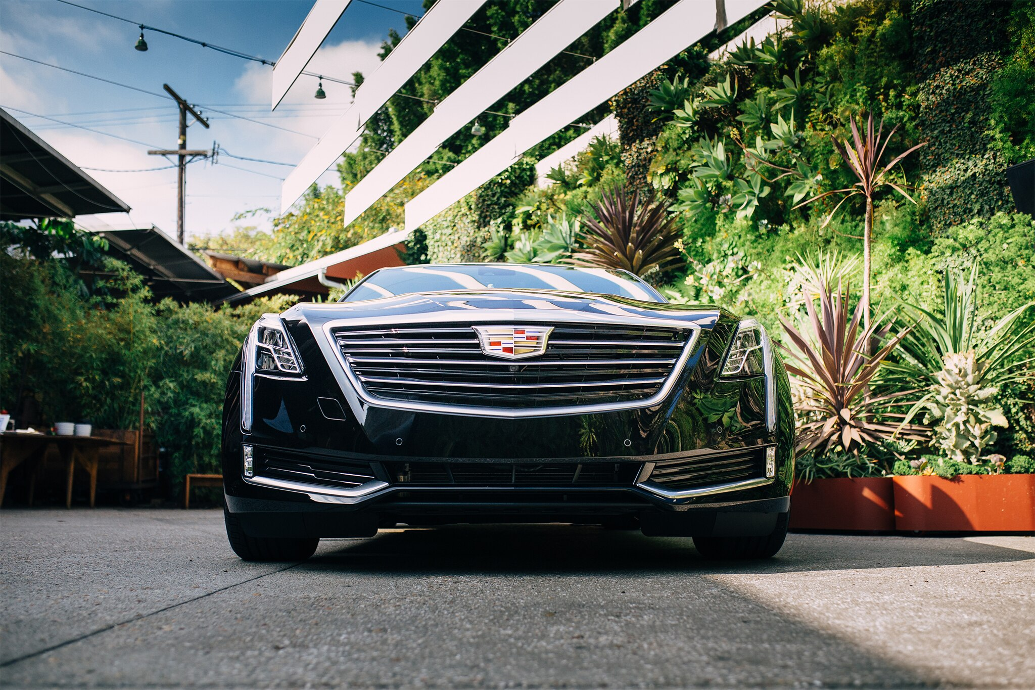 2017 cadillac ct6 plug in hybrid first drive review automobile magazine. Black Bedroom Furniture Sets. Home Design Ideas