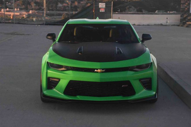 2017 Chevrolet Camaro SS 1LE front view 03