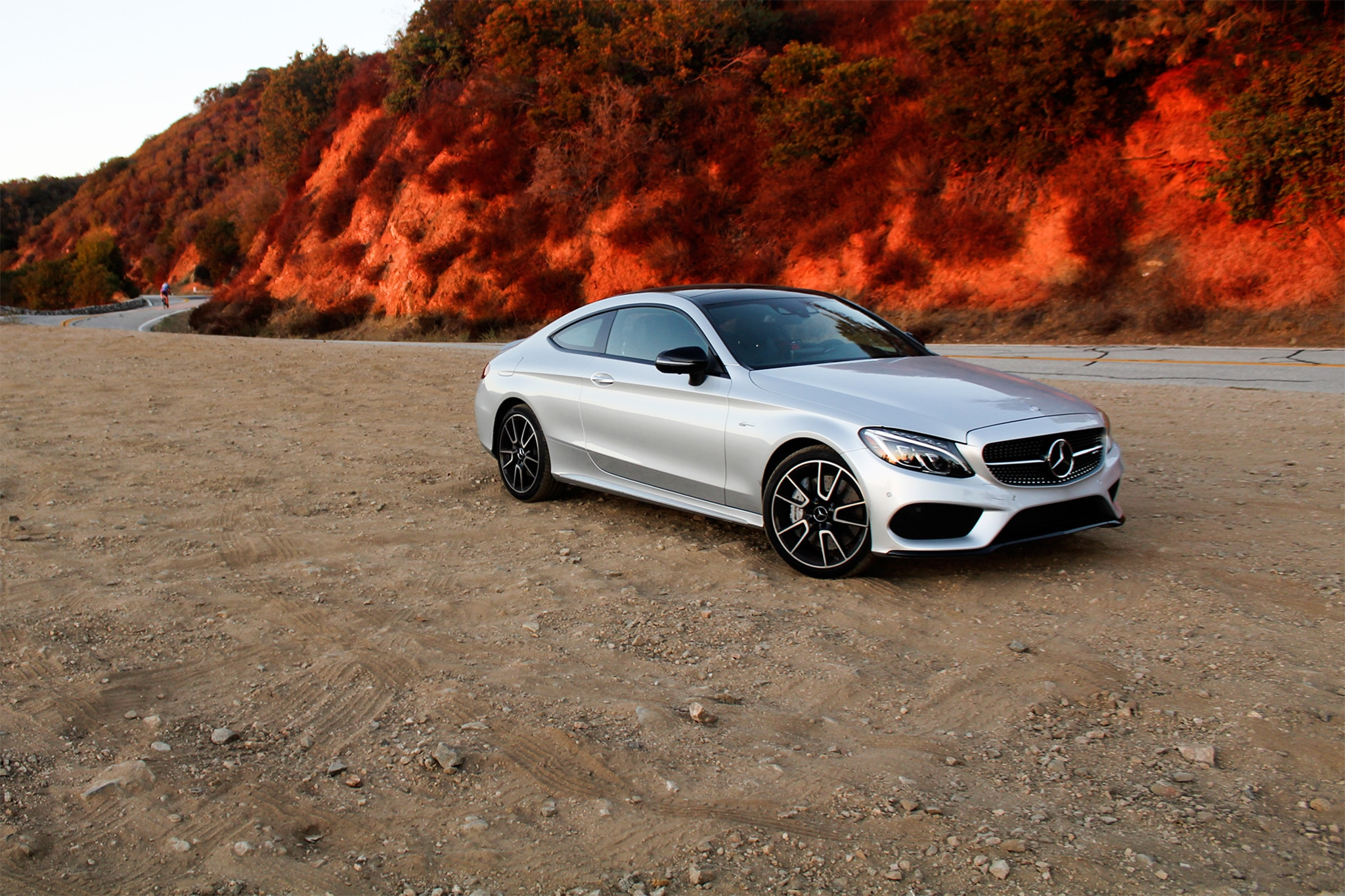 2017 Mercedes AMG C43 Coupe Front Three Quarter 02
