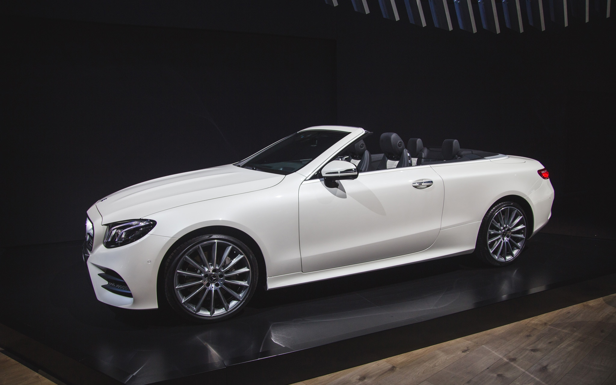 2018 mercedes benz e class cabriolet makes its u s debut automobile magazine. Black Bedroom Furniture Sets. Home Design Ideas