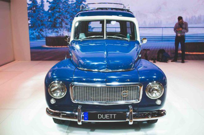 2017 New York Auto Show Volvo Duett 02