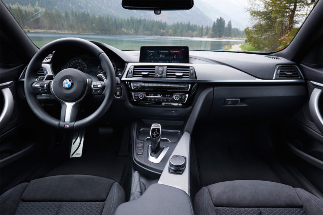 2018 BMW 4 Series Coupe cabin 01
