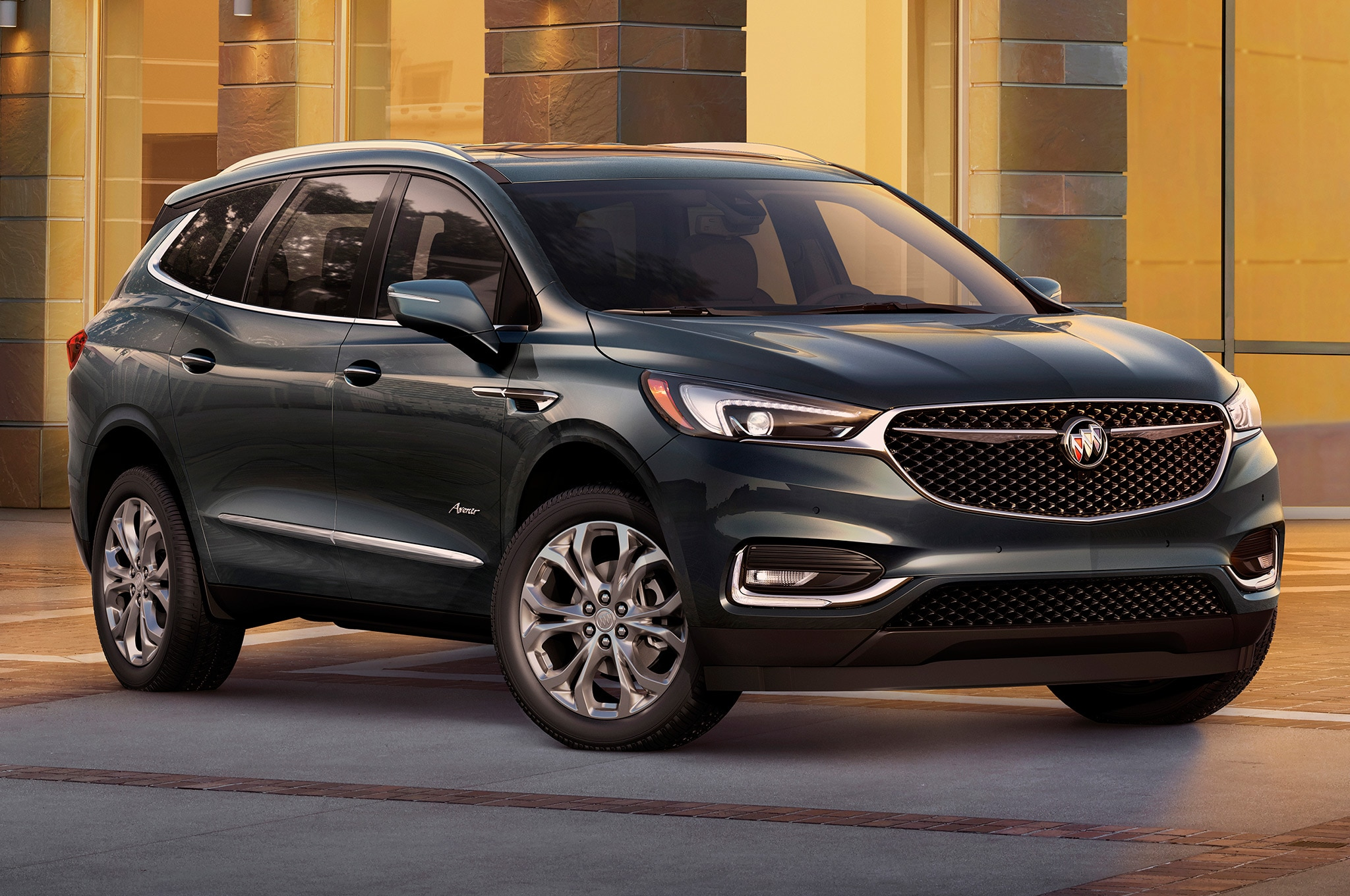 2018 buick enclave ditches portholes embraces class automobile magazine. Black Bedroom Furniture Sets. Home Design Ideas