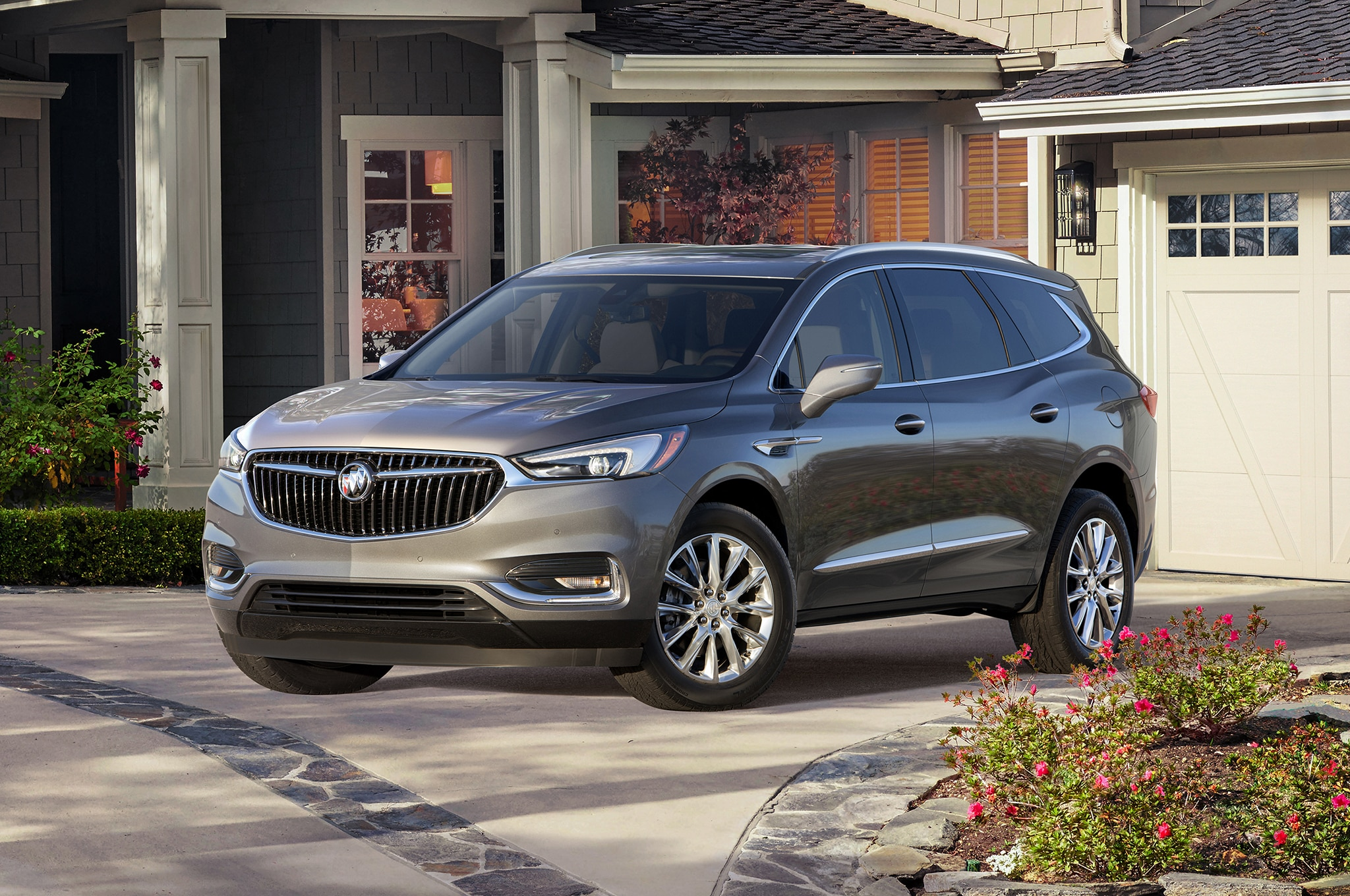 2018 Buick Enclave Ditches Portholes Embraces Class