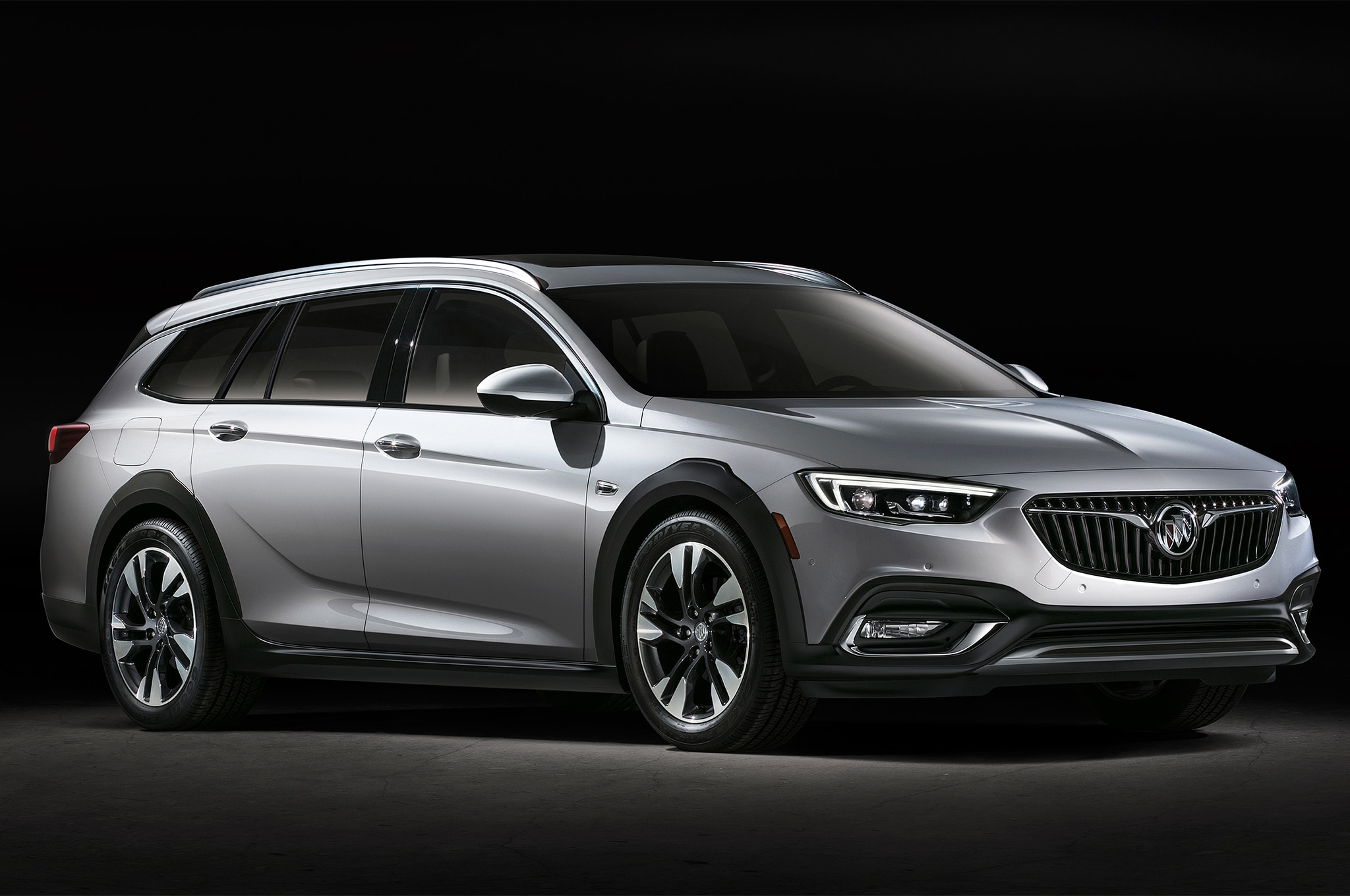 Buick Unveils 2018 Regal and There's no Sedan to be Seen ...