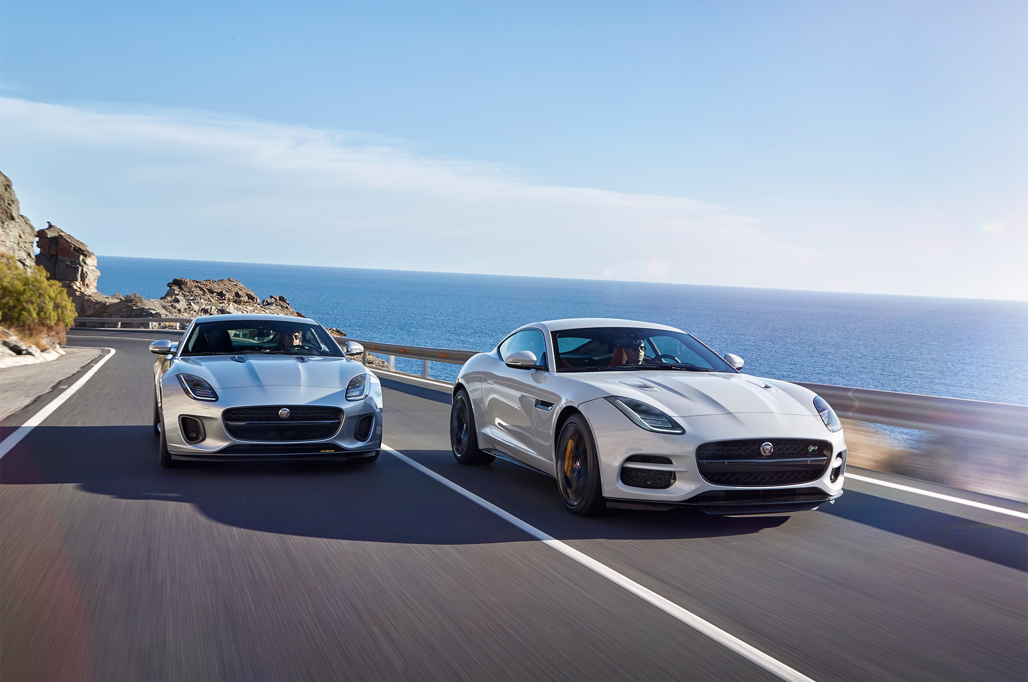 2018-Jaguar-F-Type-four-cylinder-front-end-in-motion-1-9