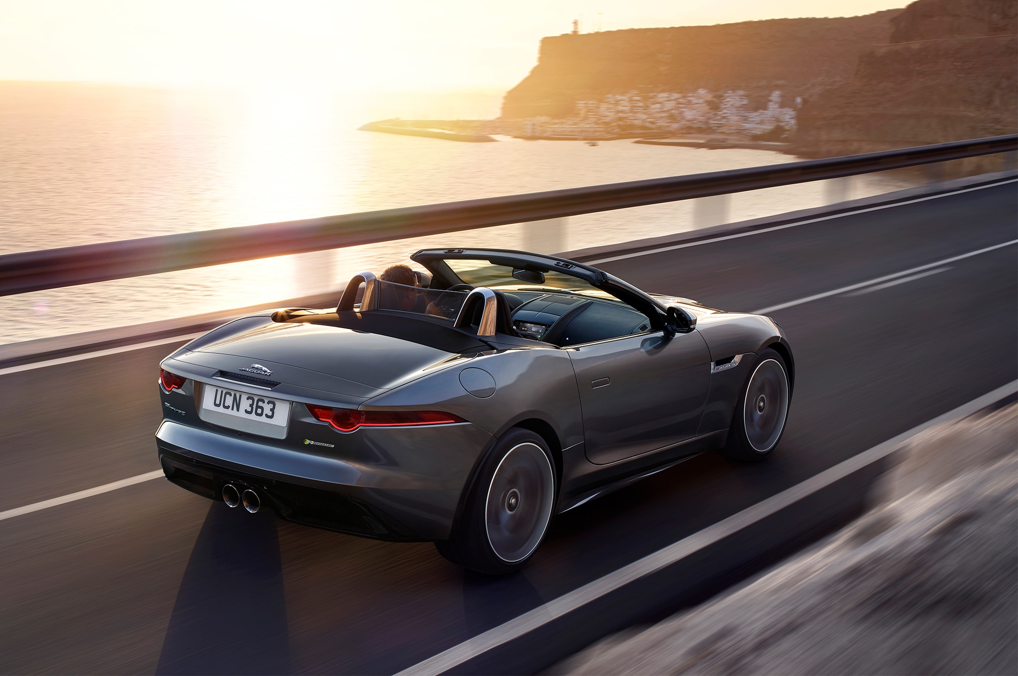refreshed 2018 jaguar f type gains 296 hp turbo 2 0l ingenium i 4 automobile magazine. Black Bedroom Furniture Sets. Home Design Ideas