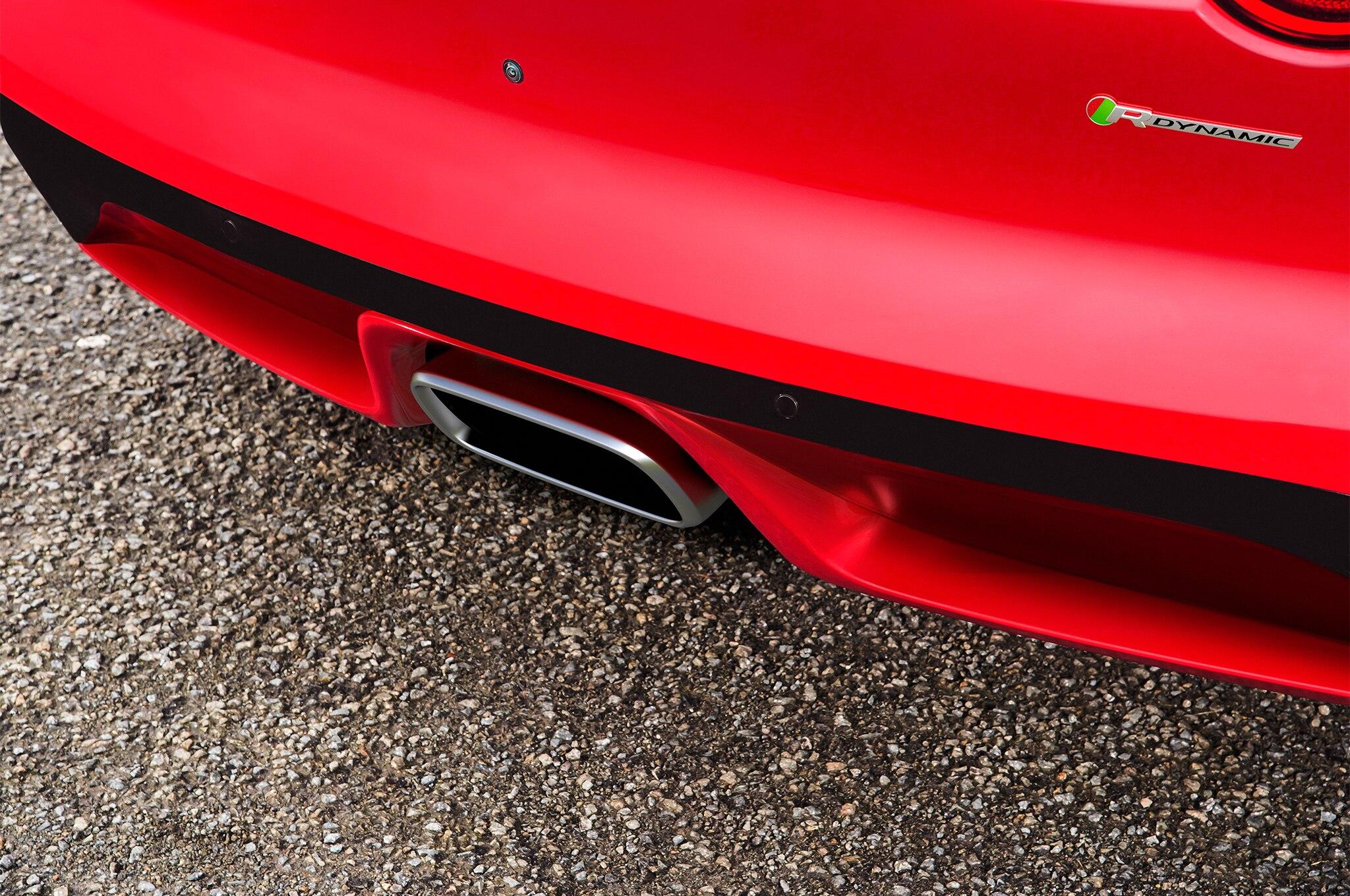 2018 Jaguar F Type four cylinder tailpipe
