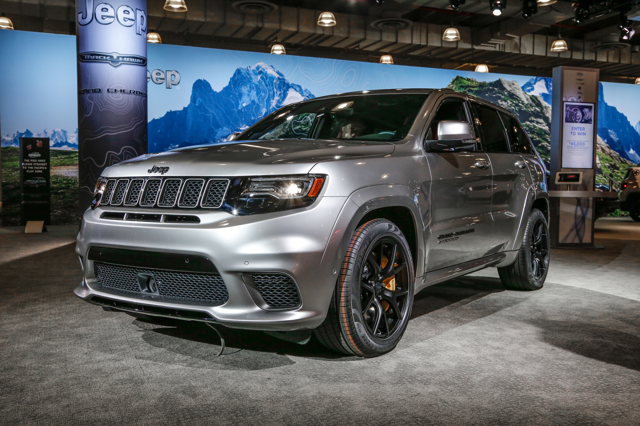 the 2018 jeep grand cherokee trackhawk is an suv that runs 11 second quarter miles automobile. Black Bedroom Furniture Sets. Home Design Ideas