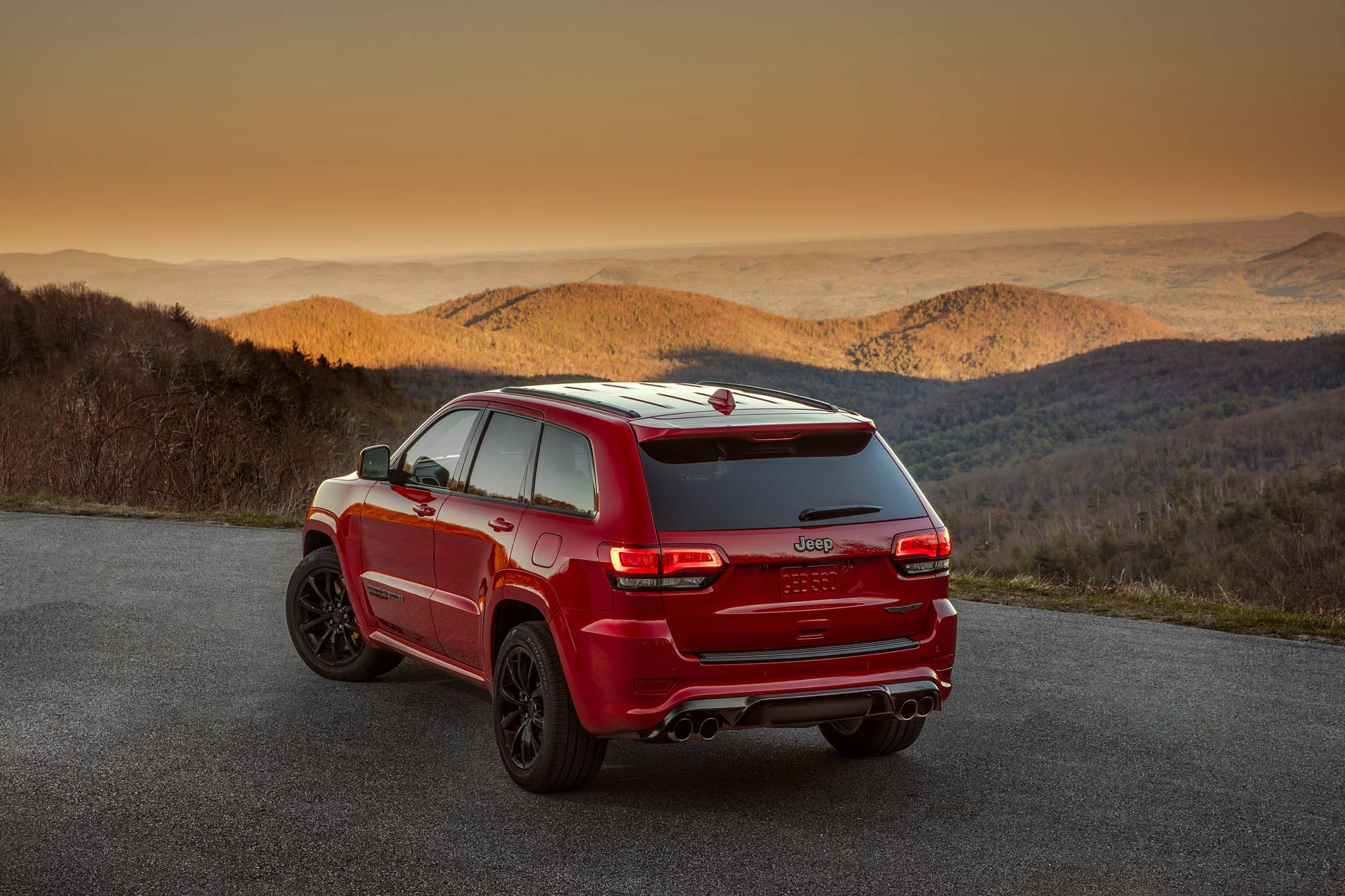 2018 jeep grand cherokee trackhawk pricing announced automobile magazine. Black Bedroom Furniture Sets. Home Design Ideas