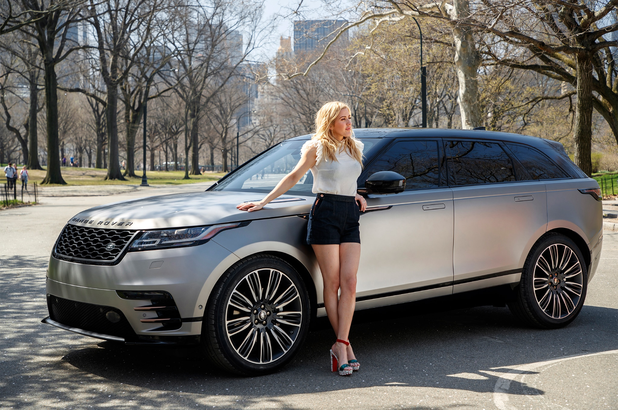 2018 Range Rover Velar Takes Manhattan with Pop Star Ellie
