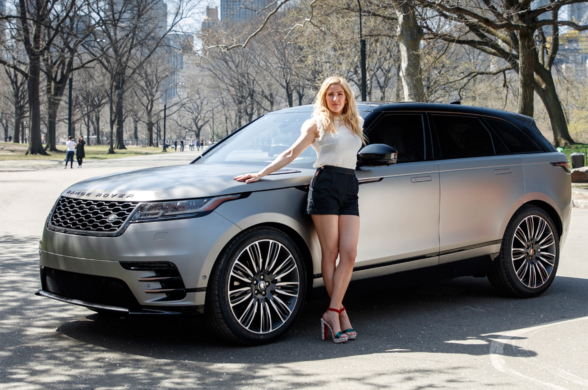 2018 Land Rover Range Rover Velar With Ellie Goulding 04