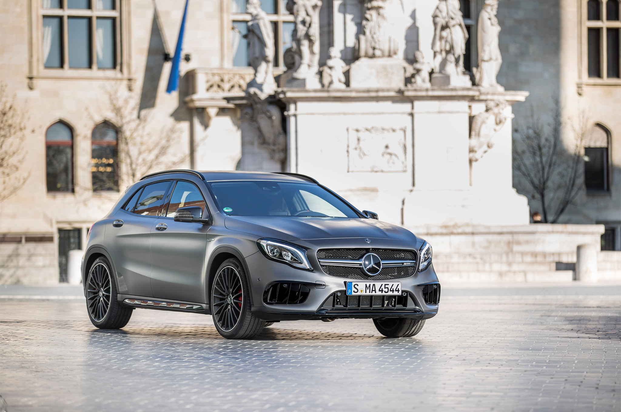 2018 mercedes benz gla class first drive review automobile magazine. Black Bedroom Furniture Sets. Home Design Ideas