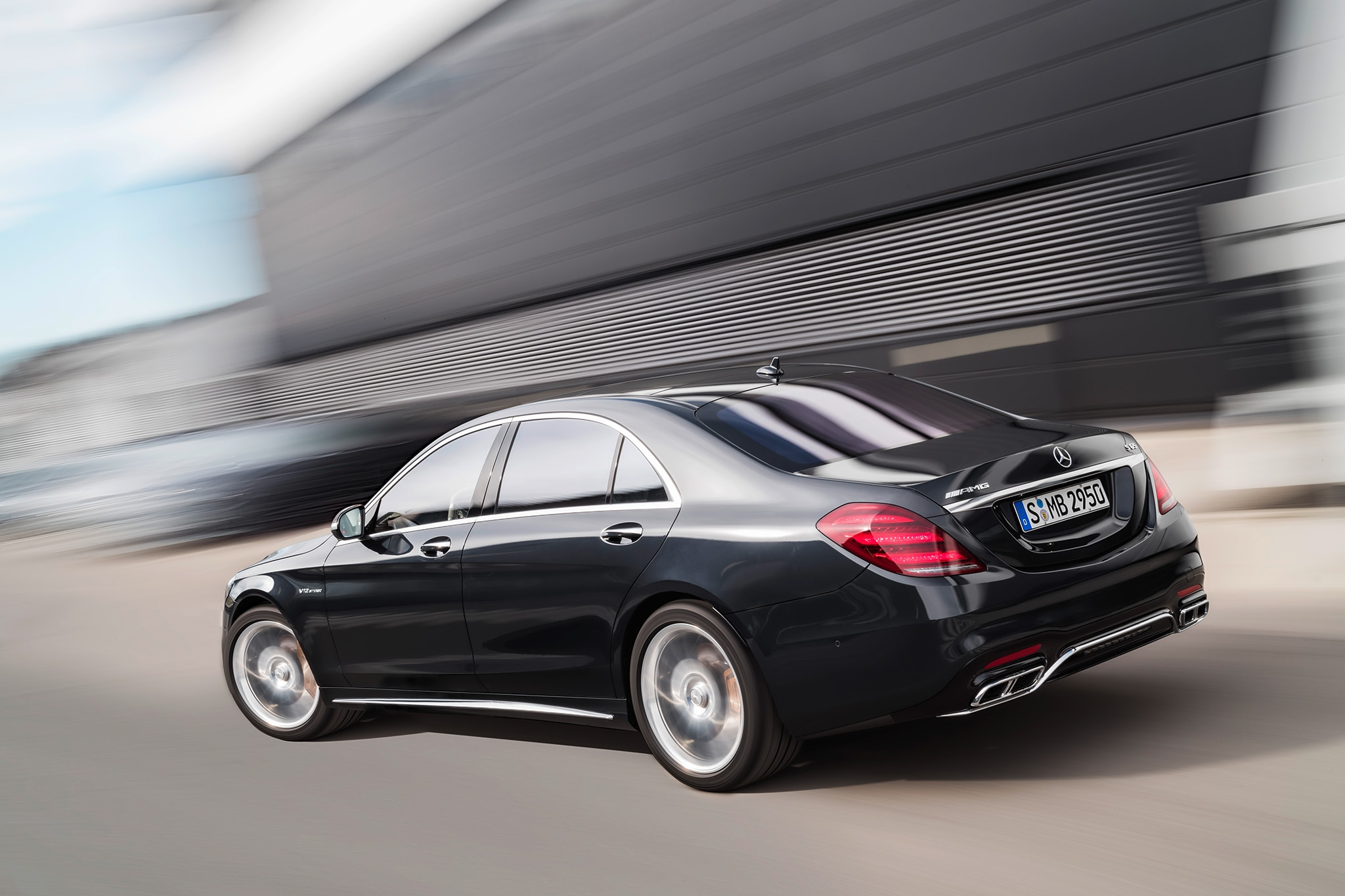 Updated 2018 mercedes benz s class sedan bows at the for Mercedes benz sedan