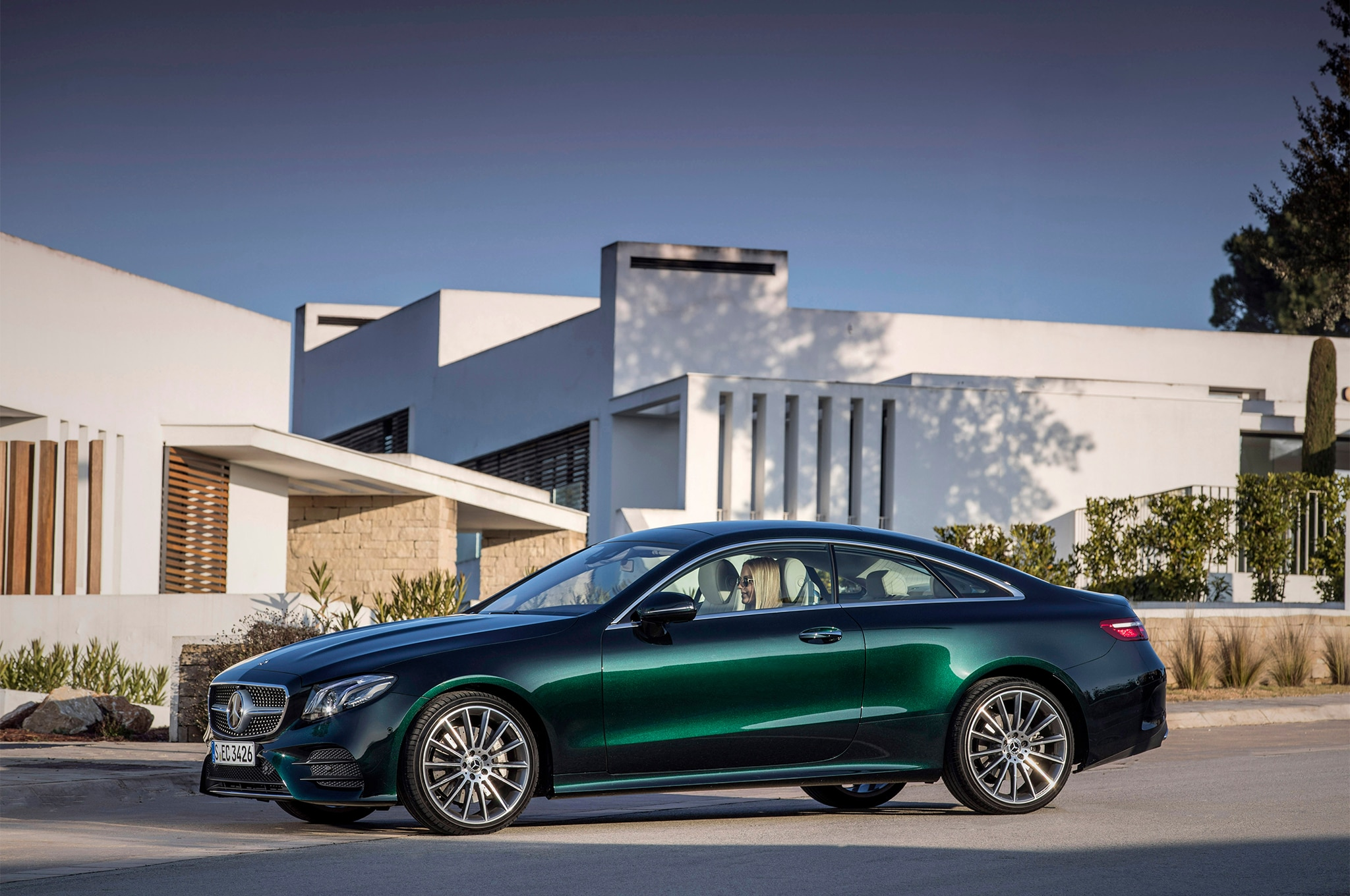 2018 mercedes benz e400 4matic coupe first drive review for Mercedes benz e400 coupe for sale