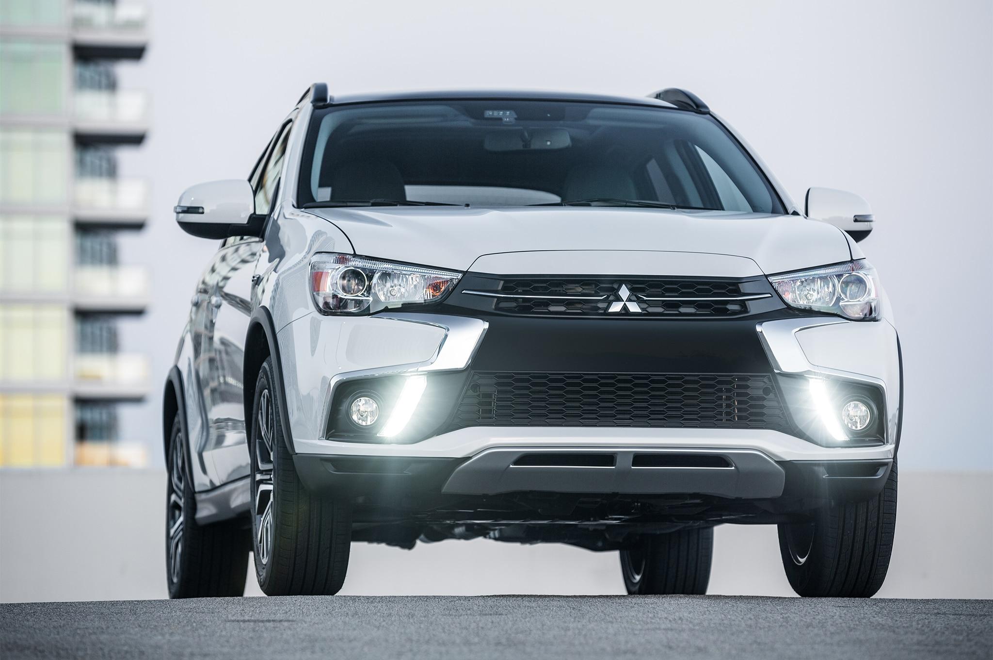 2018 Mitsubishi Outlander Sport Front View