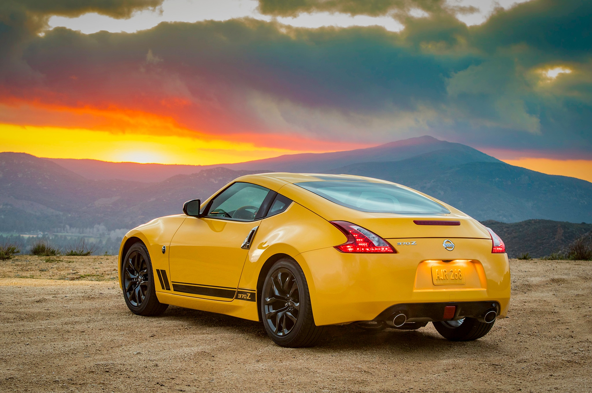 heritage edition joins nissan 370z lineup for 2018