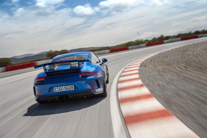 2018 Porsche 911 GT3 rear view in motion 02