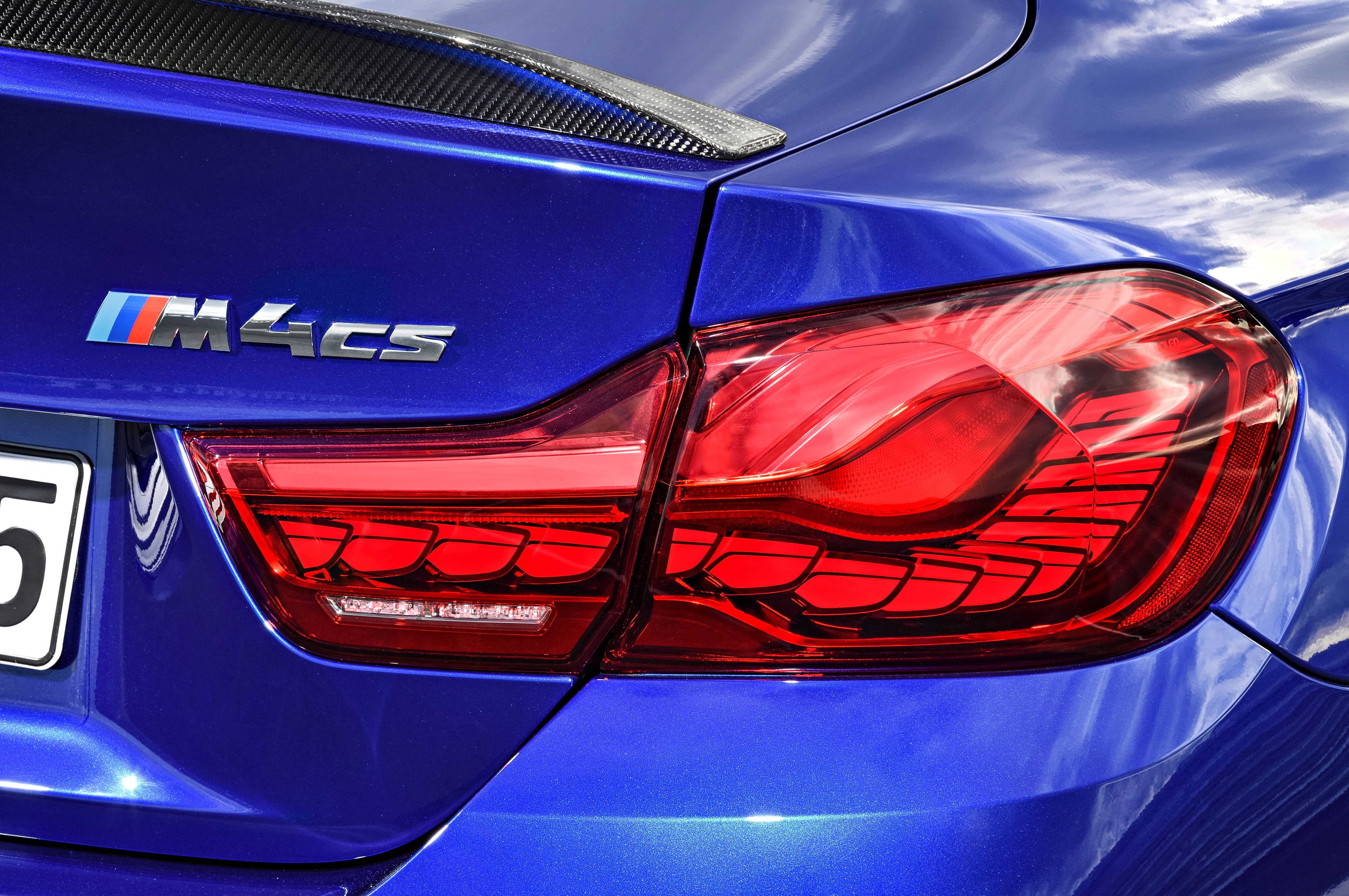 BMW M4 CS badge