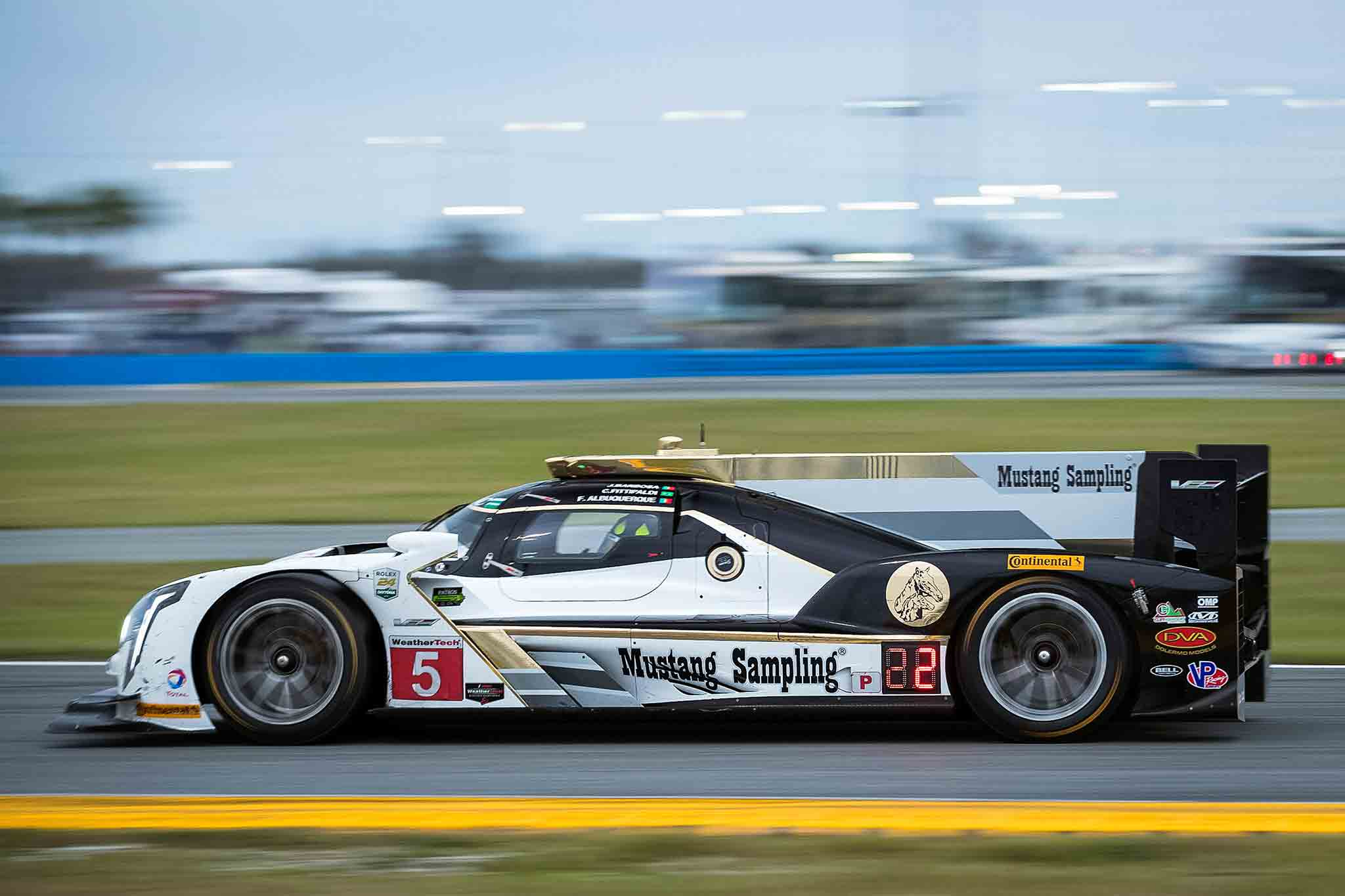 Cadillac DPi VR 24 Hours At Daytona 13