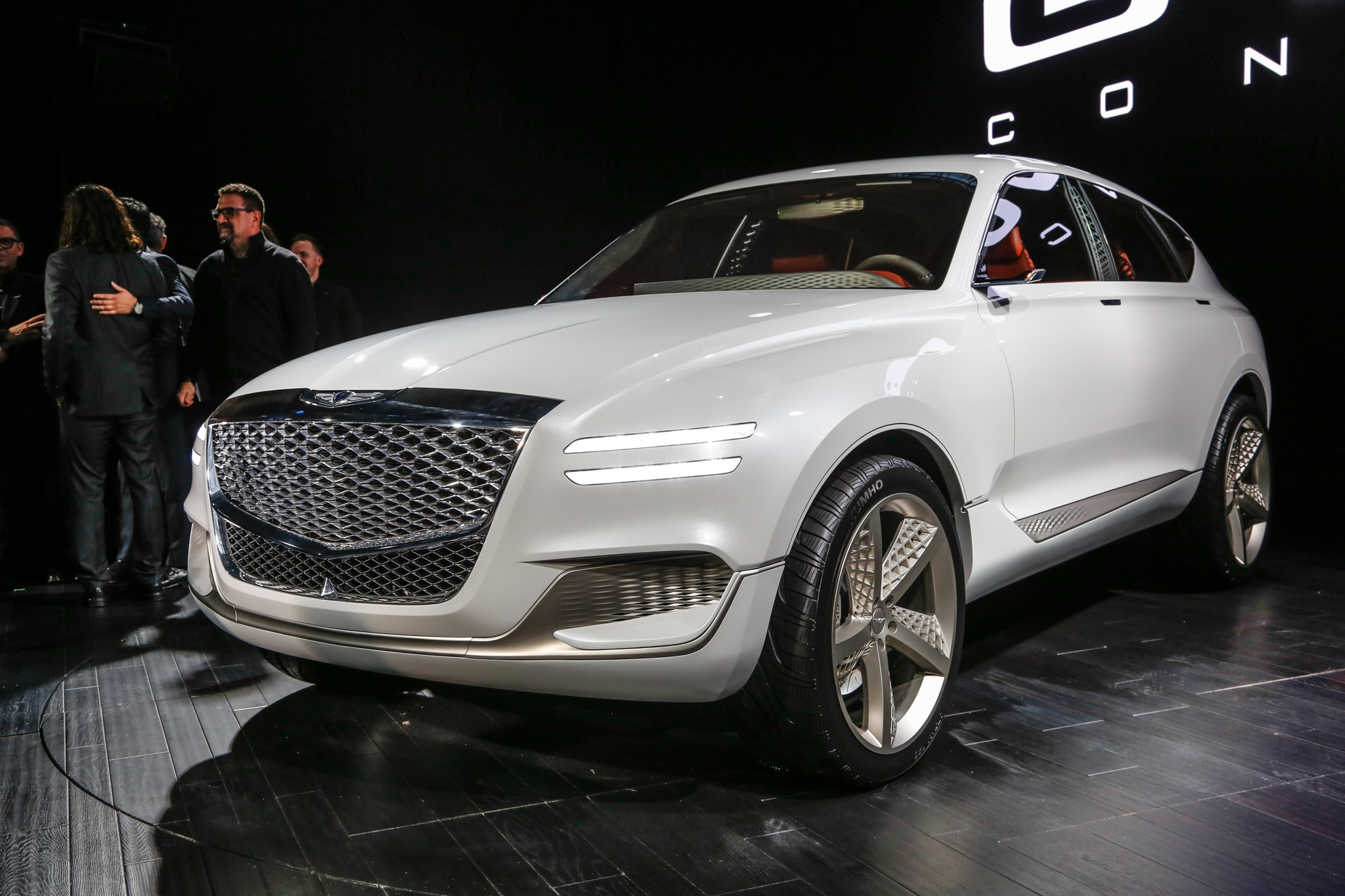 Genesis GV80 Fuel Cell Concept SUV Front Three Quarter 02
