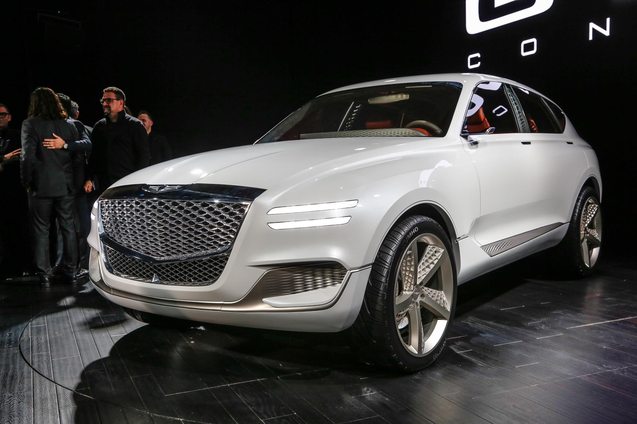 Genesis GV80 Fuel Cell Concept SUV Front Three Quarter 02