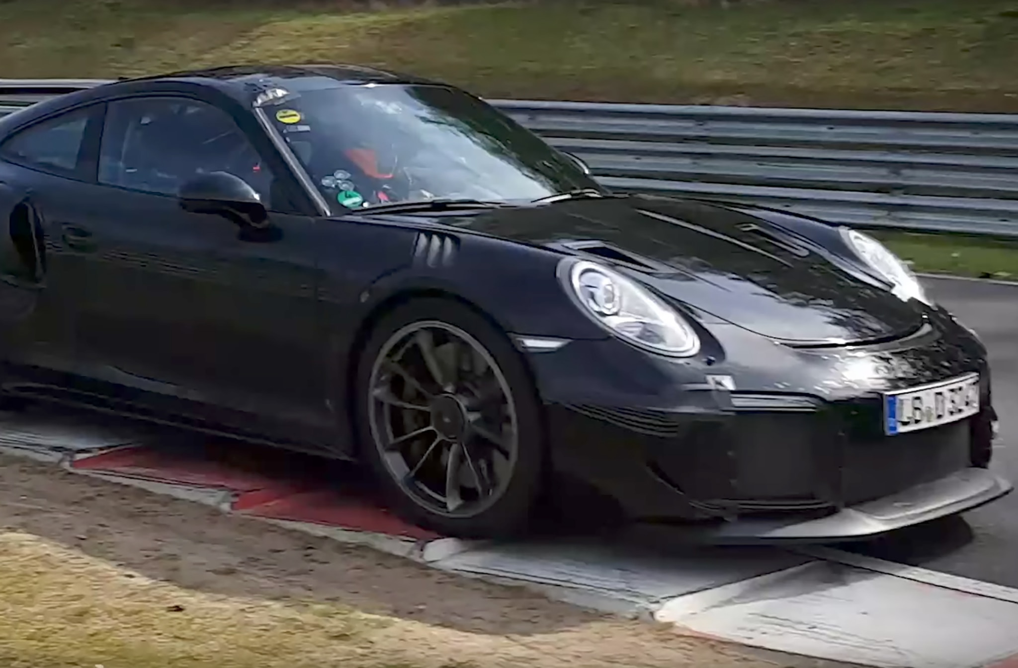 Porsche-911-GT2-RS-Close Interesting Porsche 911 Gt2 and Gt3 Cars Trend