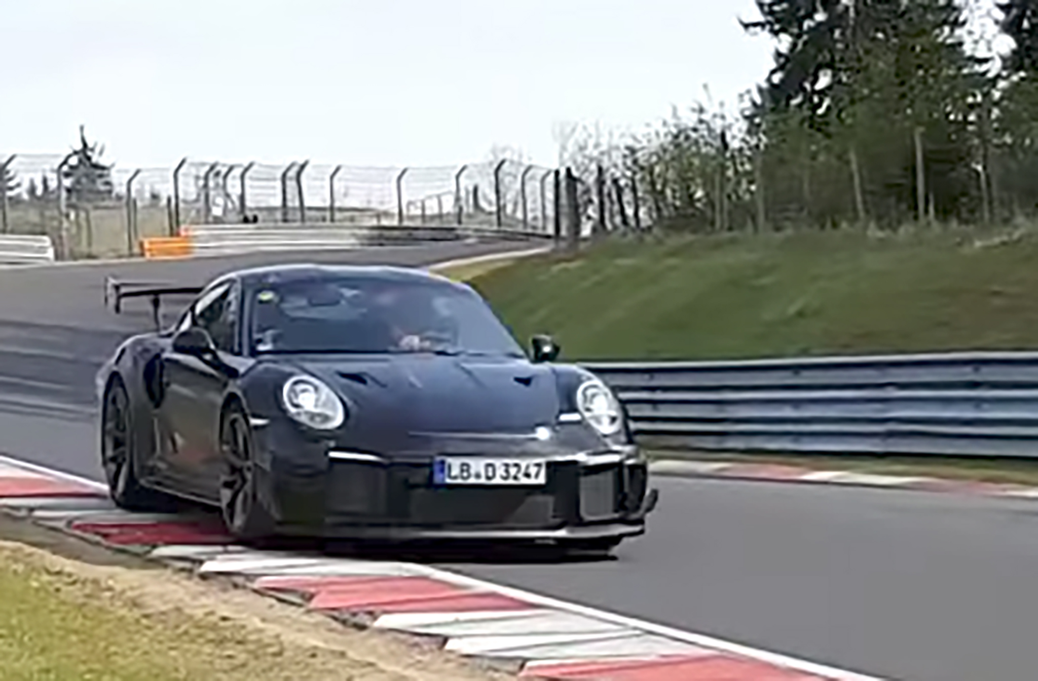 porsche 911 gt2 rs and chevrolet corvette zr1 spied on nurburgring in new video automobile. Black Bedroom Furniture Sets. Home Design Ideas
