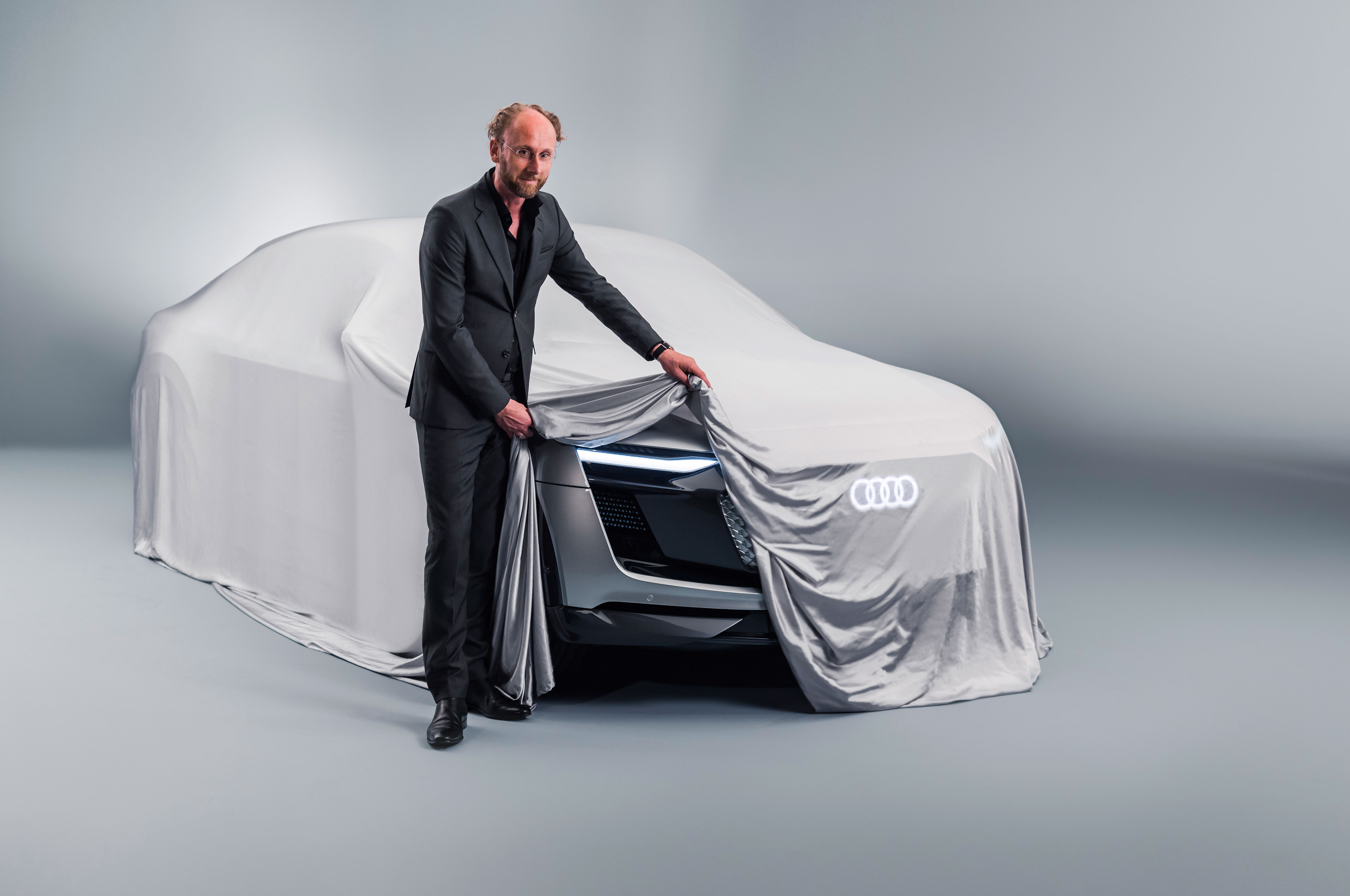 Audi Sportback Etron Concept Teaser 1