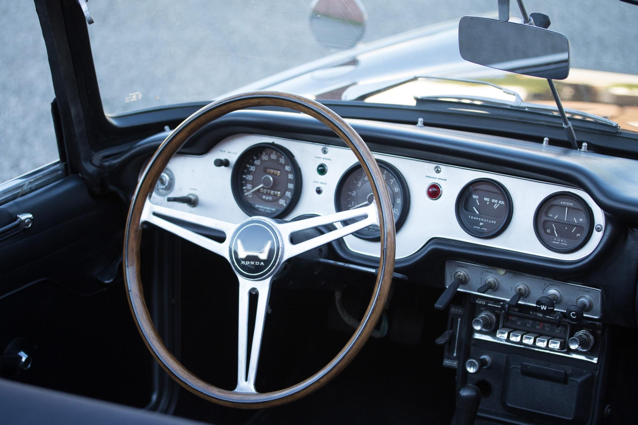 just listed restored 1965 honda s600 automobile magazine. Black Bedroom Furniture Sets. Home Design Ideas