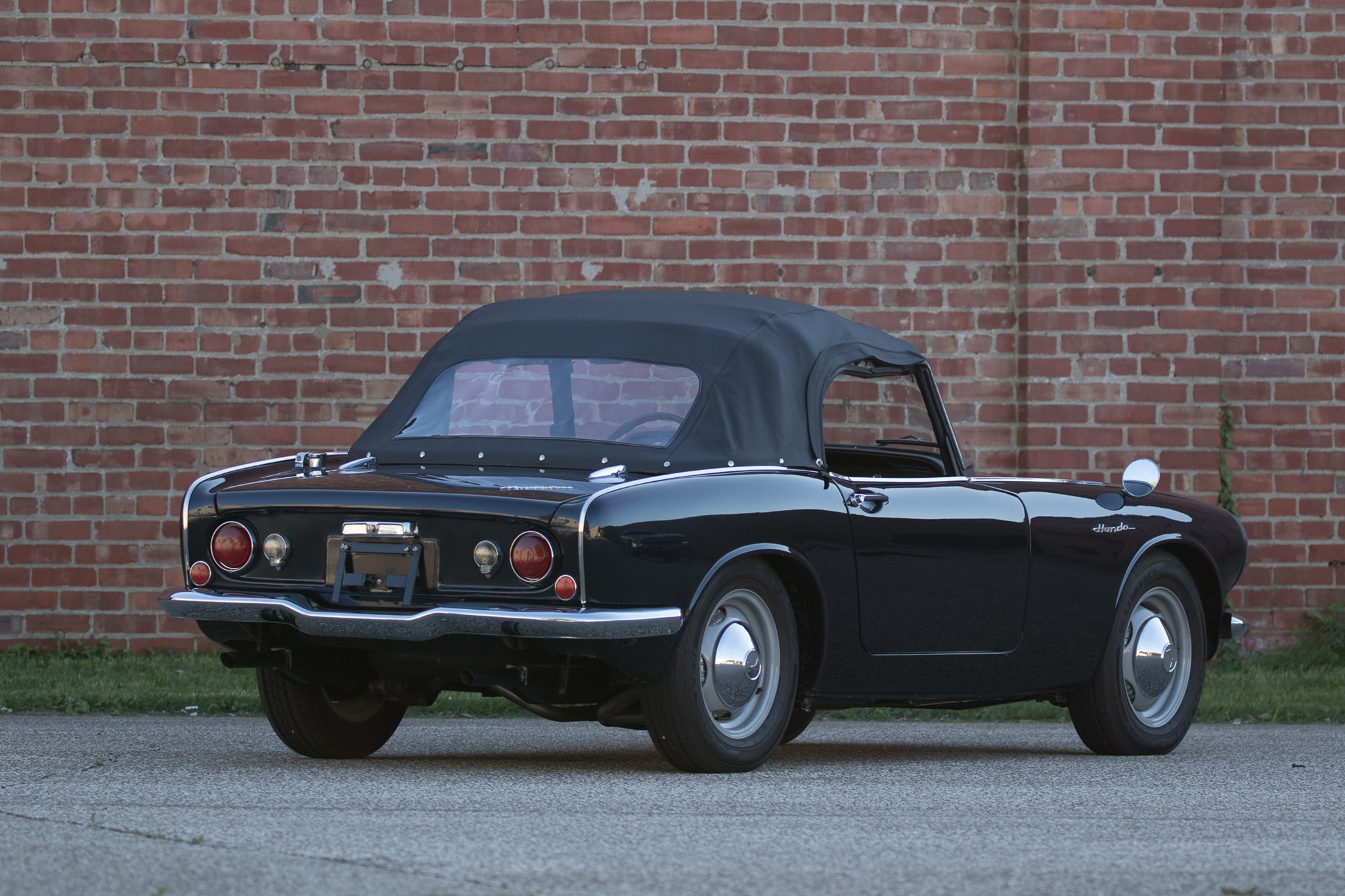 Just listed restored 1965 honda s600 automobile magazine this little honda sciox Choice Image