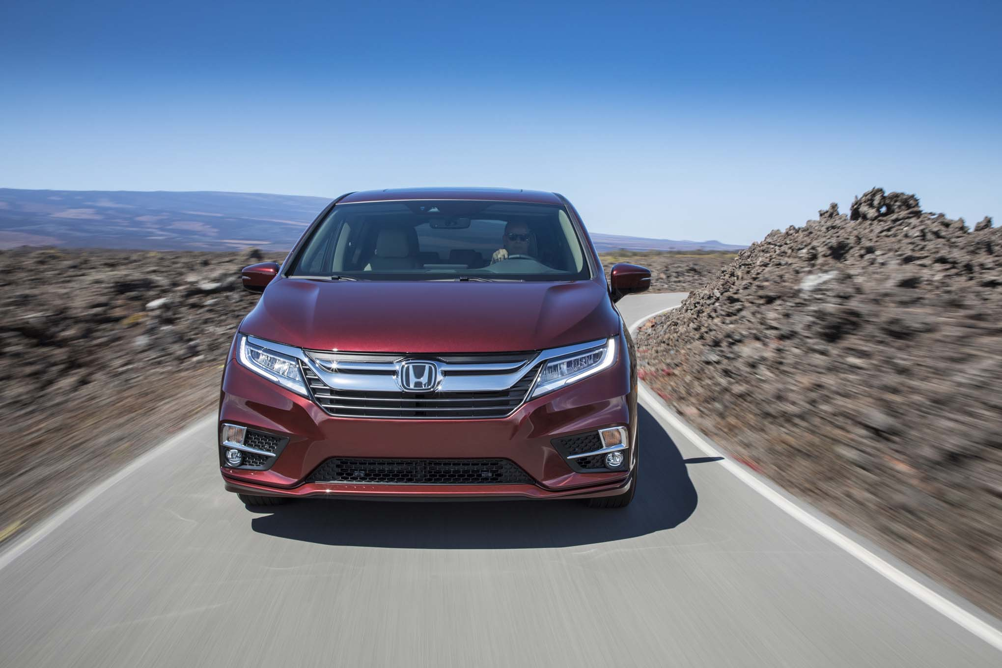 2018 Honda Odyssey Front End In Motion 04