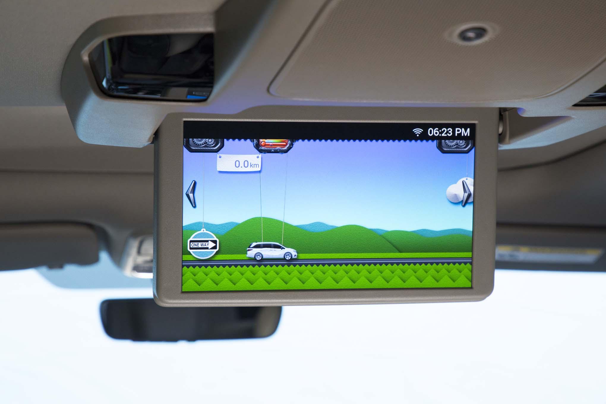 2018 Honda Odyssey Rear Overhead Entertainment 02